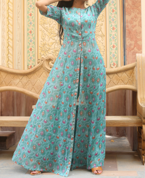 Best-out-of-waste-indo-western-kurti-with-stylish-pattern