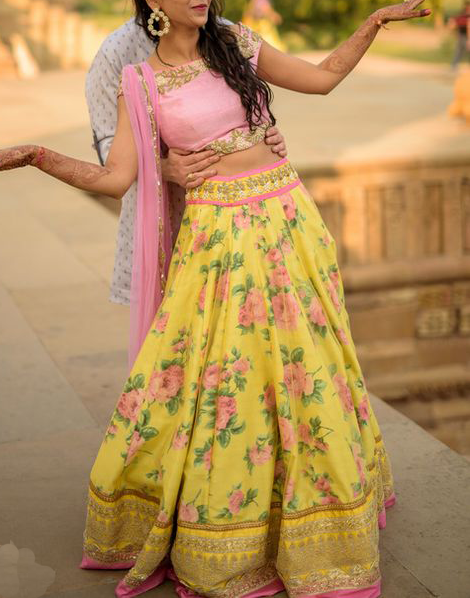 Best-out-of-waste-lehenga-circular-style-design