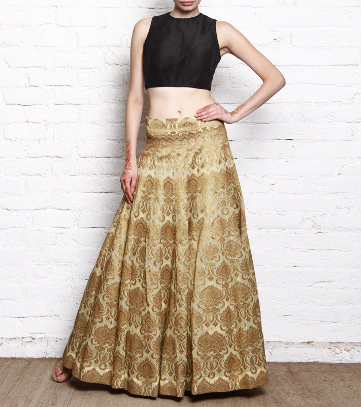 Best-out-of-waste-lehengas-panel-length