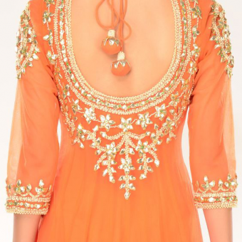 Best-out-of-waste-work-tranfer-on-kurti