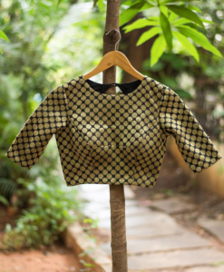 best-out-of-waste-blouses-eight-shaped-open-back-design-1