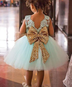 Best-out-of-waste-kids-wear-for-girls-frock-designer-frock-with-bow-back