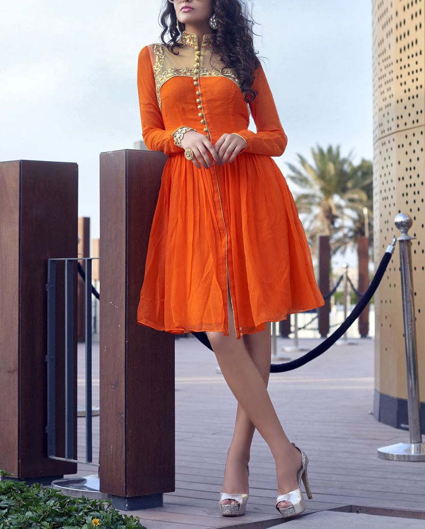 Best-out-of-waste-kurti-knee-length-simple-kurti-with-neck-design