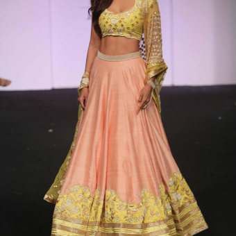 Best-out-of-waste-lehengas-circular-style-plain-lehenga-with-simple-work