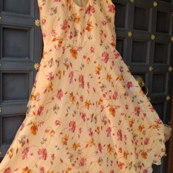 Peach-color-summer-gown-side-view