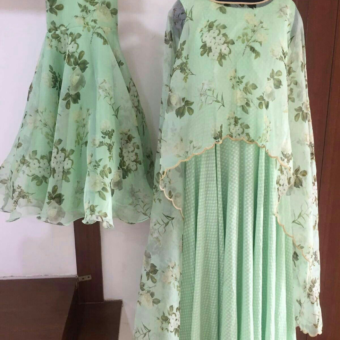 Best-out-of-waste-mom-and-daughter-anarkali-with-cape-design